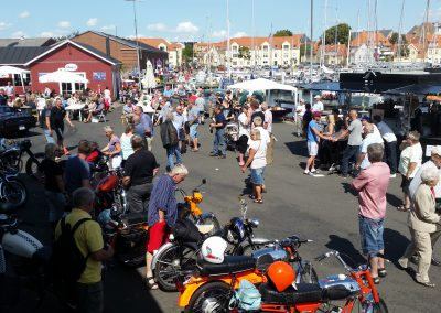 Faaborg-Veterantræf-Onsdag-havn-røgeri- biler-køretøjer-fåborg-arrangement-fest-koncert-ishus-